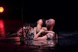 Libero Fortebraccio Teatro: Iago Desdemona e Otello (foto di )
