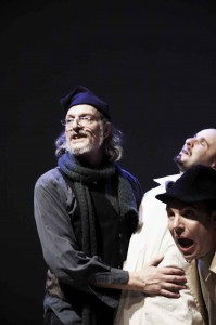 aspettando-godot-teatro-out-off-lorenzo-loris-2010