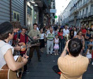 ramblas-napoli-teatro-festival-2010