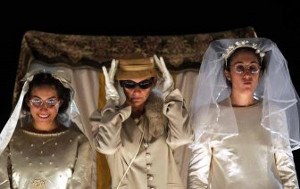Anastasia, Genoveffa e Cenerentola - foto Carmine Maringola