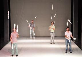 uno scatto del debutto ad Ancona, Teatro Studio alla Mole, foto ufficio stampa