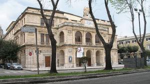 Teatro_Vittorio_Emanuele_II,_in_precedenza_Teatro_Sant'Elisabetta