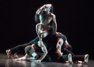 Martha Graham Dance Company in Depak Ine. Photo by Yi-Chun Wu