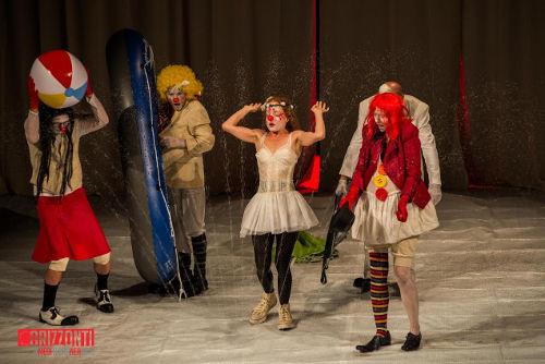 METAMORFOSI (DI FORME MUTATE IN CORPI NUOVI) Fortebraccio Teatro - foto Flashati