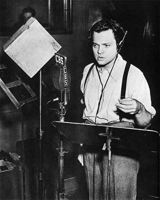 Orson Welles legge La Guerra dei Mondi - foto www.war-of-the-worlds.co.uk