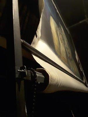 Un dettaglio della tela