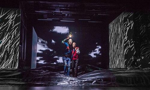 Glenda Jackson e Rhys Ifans in King Lear. Foto di Manuel Harlan