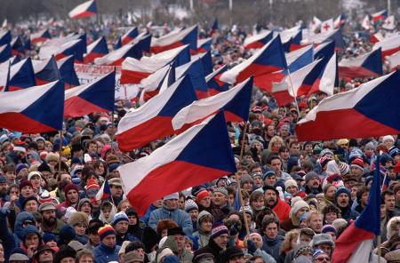 un'immagine della Rivoluzione di Velluto, 1989.