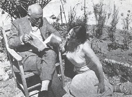 """Pirandello legge a Marta Abba """"Trovarsi"""", Lido di Camaiore, Agosto? 1932"""