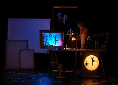 """""""Ritagli"""" di Alessandro Libertini (Piccoli Principi Teatro, 2013). foto di Dario Lasagni"""